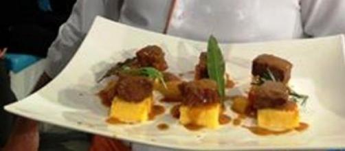 Ricetta gulasch con polenta di Andrea Ribaldone
