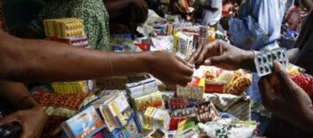 Des médicaments vendus à la sauvette