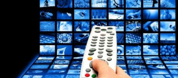 Programmi tv stasera Rai-Mediaset 10 gennaio 2015