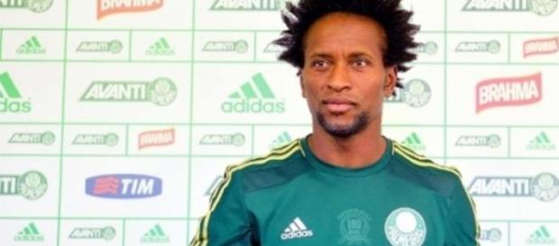 Veterano Zé Roberto regressa ao futebol paulista