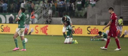 Depois de muito sufoco, Palmeiras avançou de fase