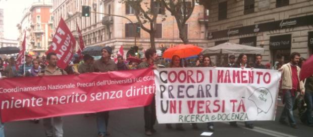 Studenti e operai uniti dalle proteste