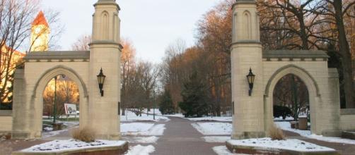 O incidente ocorreu na Universidade de Indiana.