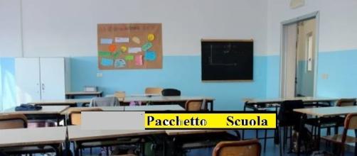 Un'aula di una scuola primaria di Manciano