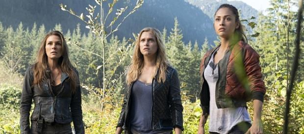 """Die starken """"The 100"""" Frauen: Abi, Clarke & Raven"""