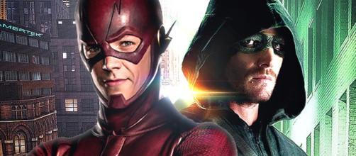 I due supereroi Flash e Green Arrow