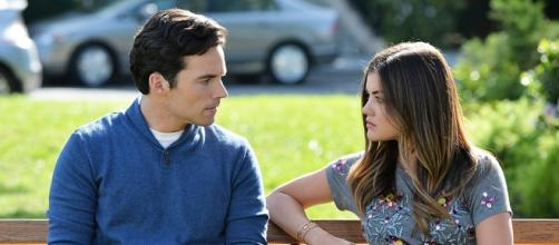 Pretty Little Liars: Ezra Fitz e Aria