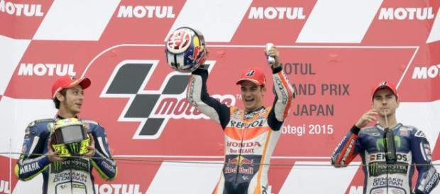 Dani Pedrosa celebra el primer puesto