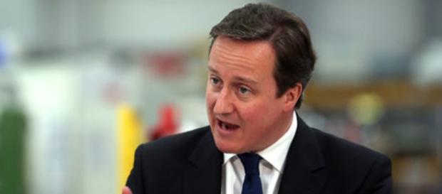 David Cameron amenință cu duritate