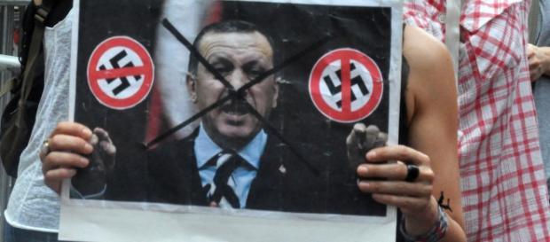 Erdogan to dalej najważniejsza postać w Turcji