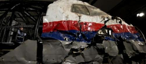 Investigadores simularon la explosión del avión