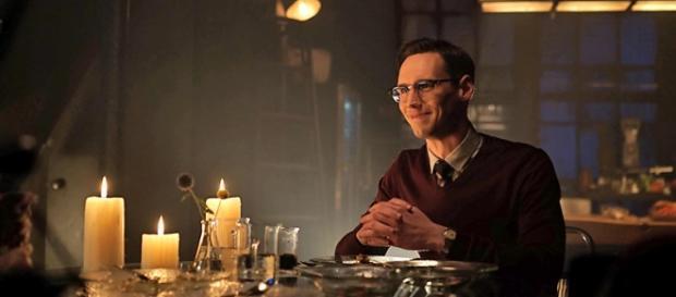 Edward Nygma in Gotham 2x04 'Strike Force'