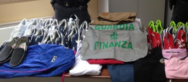 I prodotti sequestrati dalla Guardia di finanza