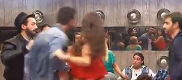 Suso intenta pegar a Vera en GH 16
