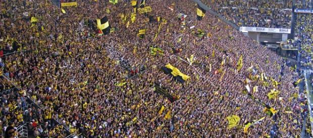 A Muralha Amarela sempre impressiona em Dortmund