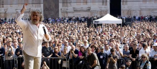 Beppe Grillo ed il M5S si avvicinano al Pd