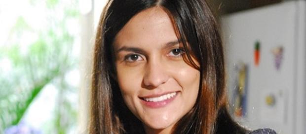 Paula Barbosa é Olga em 'I Love Paraisópolis'