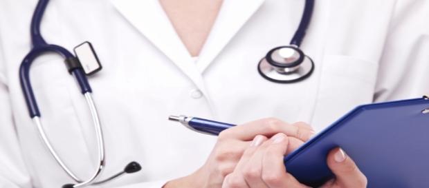 UnA-SUS e Learncafe têm cursos online na saúde