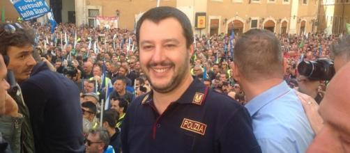Amnsitia e indulto, il no di Salvini poliziotto