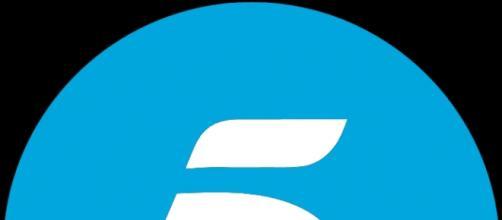 """Logo de telecinco cadena del espacio """"Cámbiame"""""""