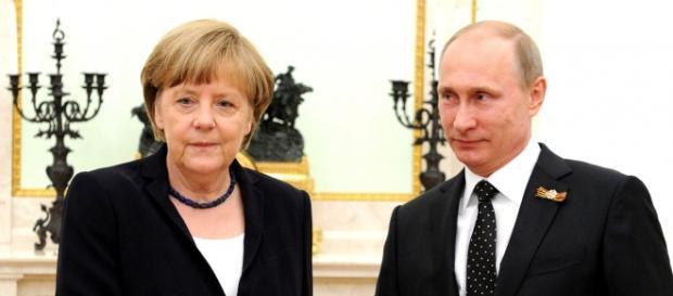 Angela Merkel chce być Putinem Europy?