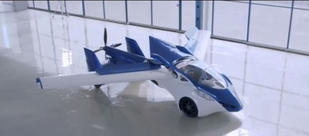 Expo 2015: AeroMobil 3.0, la macchina volante