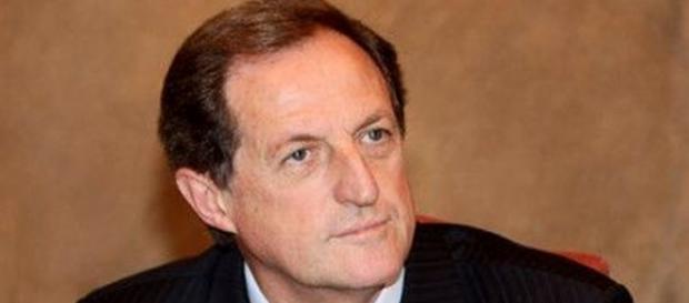 Mario Mantovani chiede la scarcerazione