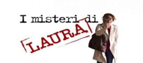 Carlotta Natoli è Laura Moretti