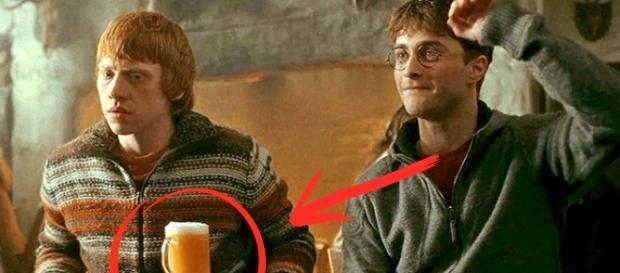 Harry Potter y Ron en 'Cabeza de Puerco'