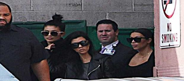 Le sorelle Kardashian in ospedale