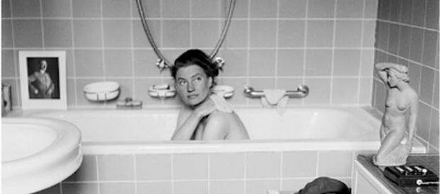 Lee Miller en la bañera de Adolf Hitler