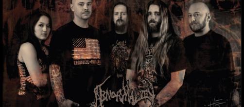Abnormality assinam pela Metal Blade Records