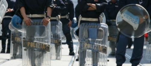 Tre feriti: questo il bilancio degli scontri
