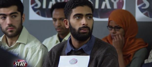 Amir Najjer, uczestnik reality show (scr youtube)