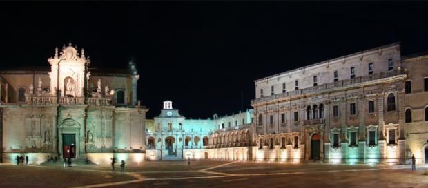 Nella foto, il Duomo di Lecce, capoluogo salentino