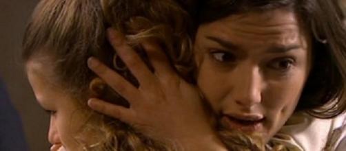 Una vita: Manuela e Carlota in una scena