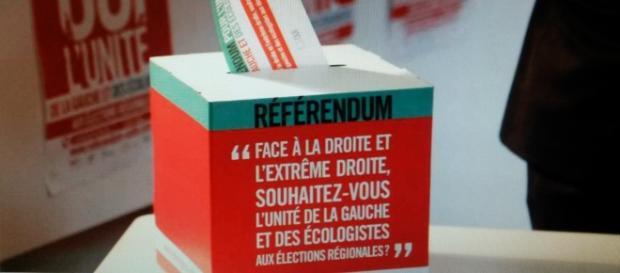 Le référendum PS est-il un exemple pour les LR ?
