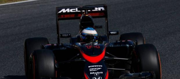 Fernando Alonso a bordo de su Mclaren