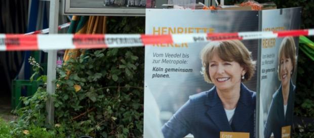 Reker, candidata sindaco aggredita a Colonia