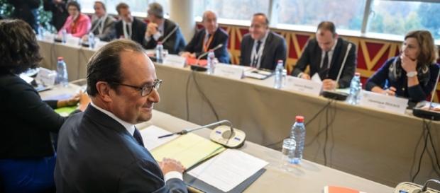 president hollande conference sociale
