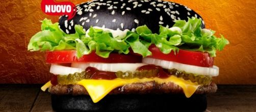 Halloween Whopper, il panino nero di Burger King