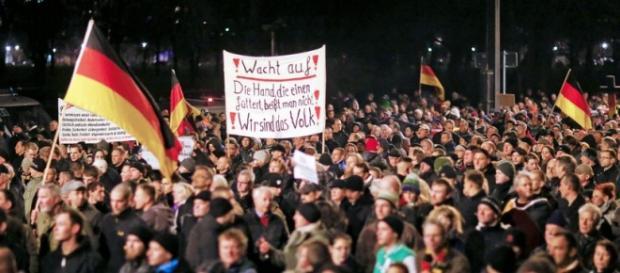 Demonstracja Pegidy w Dreźnie (© H.Hanschke)
