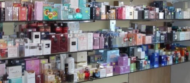 Esposizione in un negozio di profumi