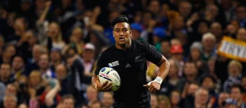 Julian Savea scored a hat-trick for New Zealand