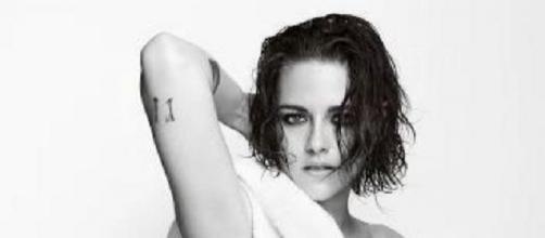 Kristen Stewart nue et sexy pour Mario Testino