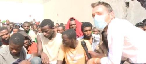 Terrore e disperazione fra i migranti in Libia