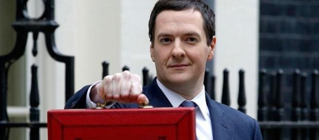 Cancelarul Osborne dă startul austerității