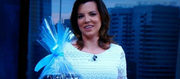 Globo afasta apresentadora grávida