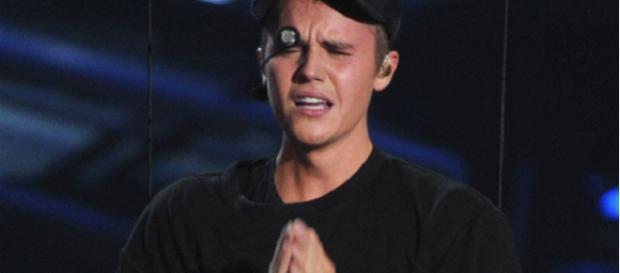 Justin Bieber mostra estar muito confiante.