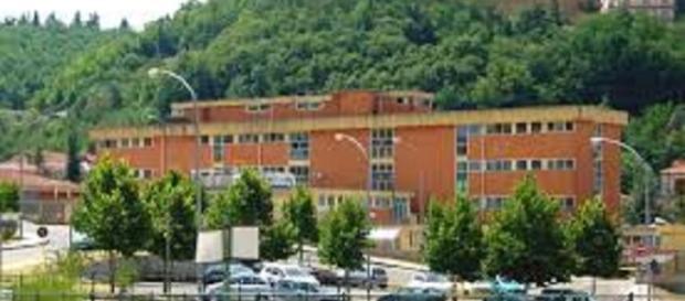 Cetraro, Cosenza: donna trovata morta in auto.